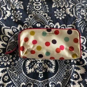 kate spade new york small Henrietta cosmetics case